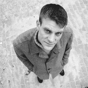 Björn Högsdal. Geboren 1975 in Köln. Studium der Literatur- und Medienwissenschaften in Kiel. Autor, Kulturveranstalter und Leiter von Poetry Slam-Workshops. Foto: Andreas Schauder